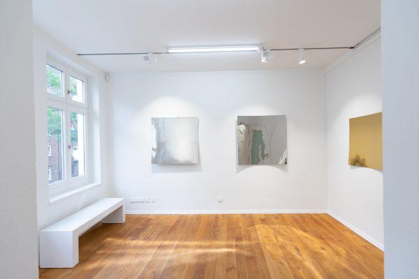 Daniele_Sigalot_2019_Installation_View_Low_Anna_Laudel_Dusseldorf_28